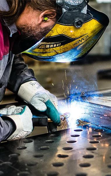 Metallbau und Stahlkonstruktionen - Abadia