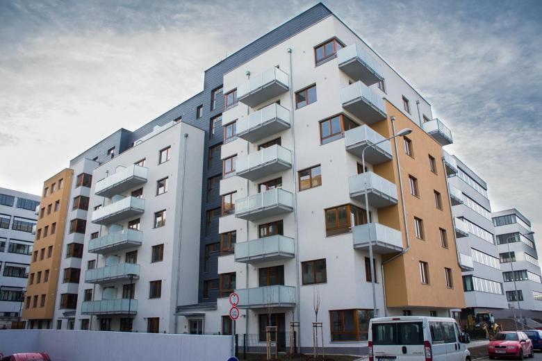 Skleněné balkony dodané firmou Abadia